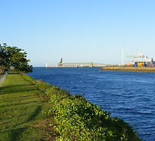 View from the Breakwater of Townsville Port by rcharris101