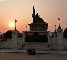 Queen Victoria Statue, Calcutta by Braedene