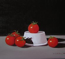 5 Tomatoes In The Spotlight by max1cate
