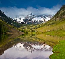 Maroon Bells in the Morning by Paul Gana