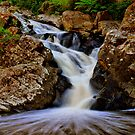 Cumberland Falls by KeepsakesPhotography Michael Rowley