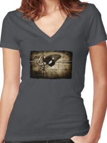 yin & yang (army colour) Women's Fitted V-Neck T-Shirt