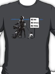 PLAY? T-Shirt