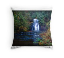 Card: The Approach To Upper North Falls Throw Pillow