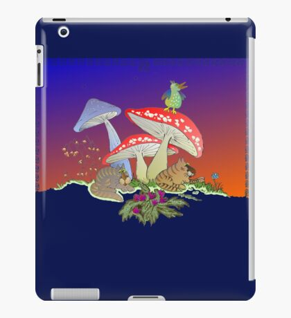Taking cover iPad Case/Skin