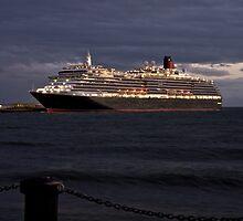 Cunard Queen Victoria at Station Pier Melbourne by Rodderrick Sota
