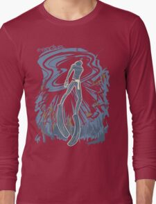 Freediver returns to surface Long Sleeve T-Shirt