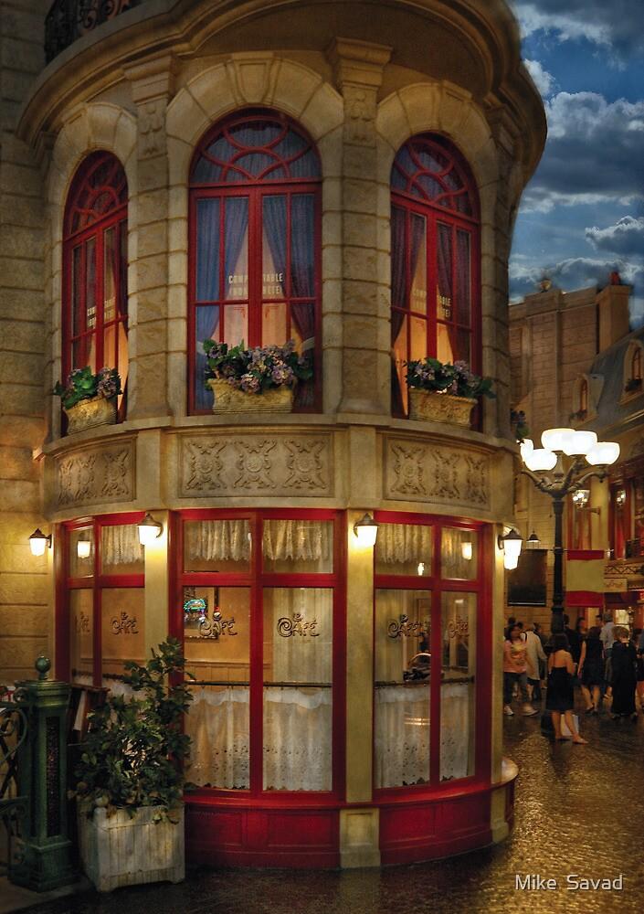 Vegas - Paris - Le Cafe by Mike  Savad