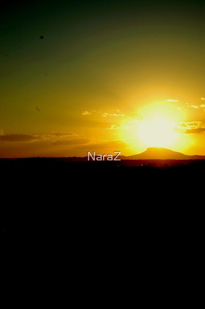 Green Sun by NaraZ