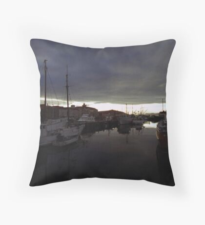 Hobart Harbour Sunrise Throw Pillow