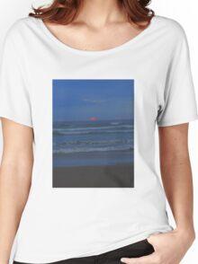 Luminous - the sun sets at Ocean Beach Women's Relaxed Fit T-Shirt