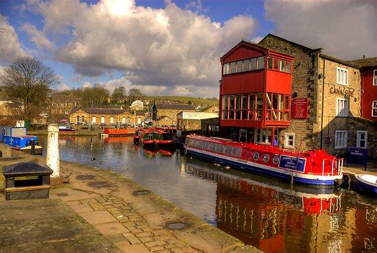 Canal Side - Skipton. by Trevor Kersley