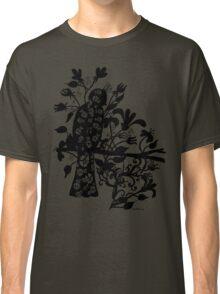 queen black bird  Classic T-Shirt