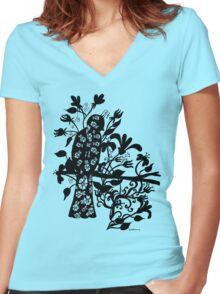 queen black bird  Women's Fitted V-Neck T-Shirt