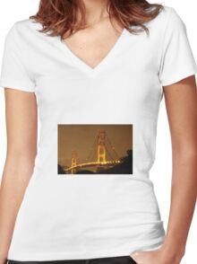 Golden gate bridge at night  Women's Fitted V-Neck T-Shirt