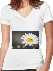 White daisy with a visitor Women's Fitted V-Neck T-Shirt