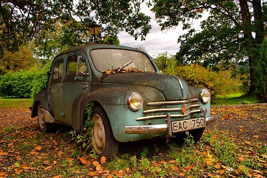 Old Glory - Renault 4CV by Jo Nijenhuis