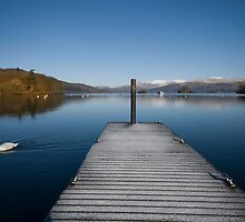 Cold morning on Windermere by eddiej