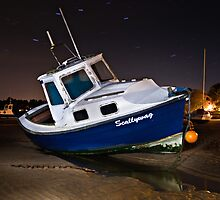 Scallywag - Alnmouth by David Lewins