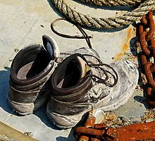 Muddy Work boots, rope & rusty Chain by buttonpresser