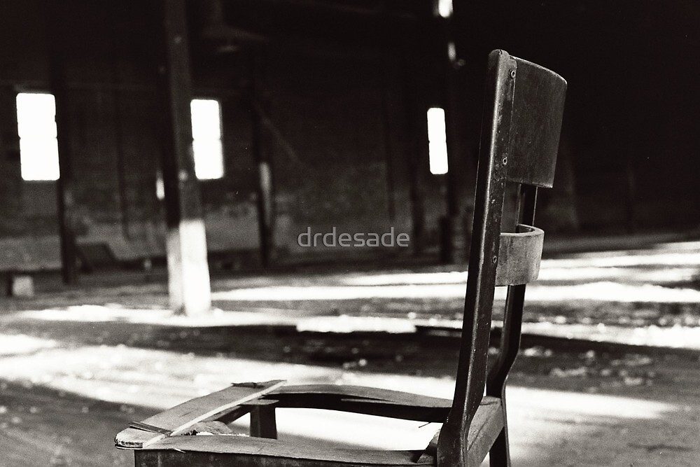 Alone by drdesade
