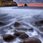 Talisker bay, Isle of Skye, Scotland. by photosecosse /barbara jones