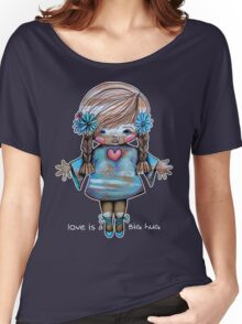 Love is a BIG hug Tee Women's Relaxed Fit T-Shirt