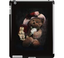 BFFs: Teddy Bear and Raggedy Ann iPad Case/Skin