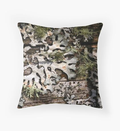 Life on the fence Throw Pillow