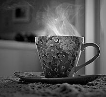Cup of Tea by licoricetea