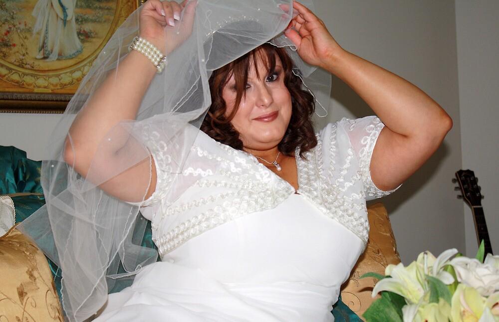 Yvette#1 by WeddingPics