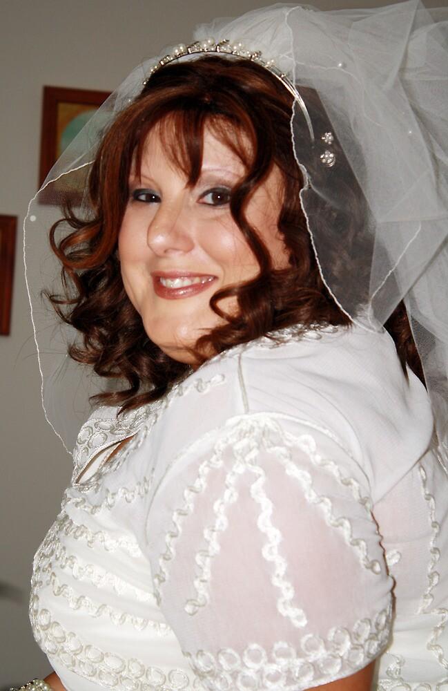 Yvette#2 by WeddingPics