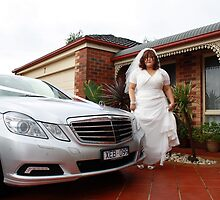 Yvette & Car by WeddingPics