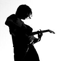 Guitar solo by Liza Kirwan