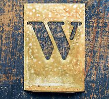 Letter W by Ricard Vaqué