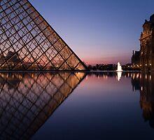 Louvre court-yard by Aleksandar Topalovic