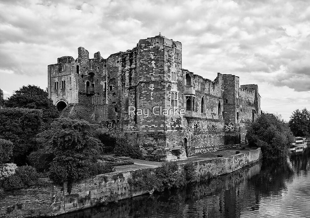 Newark Castle. by Ray Clarke