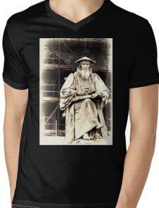 Richard Hooker.......Exeter ,Devon UK Mens V-Neck T-Shirt