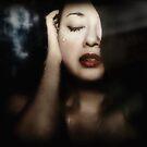 Llorando by Vanessa Ho