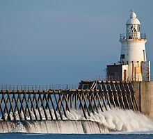 Blyth North Pier LIghthouse, Northumberland by Ben Smith