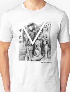 VNDERFIFTY GIRLS LOVE MUPPETS T-Shirt