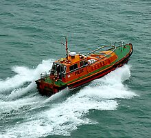 Homeward Bound! Christchurch Pilot Boat Speeds Back to Port With Pilot by Keith Richardson