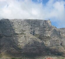 TABLE MOUNTAIN SOUTH AFRICA by Antionette
