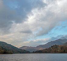 Llyn Gwynant Lake in Autumn by Nick Jenkins