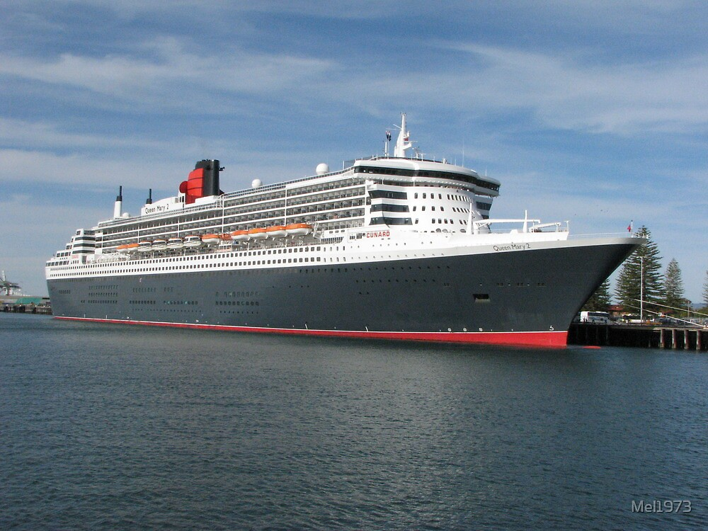 Queen Mary 2 by Mel1973