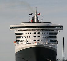 Queen Mary 2, Maiden Voyage, March,2010. by elphonline