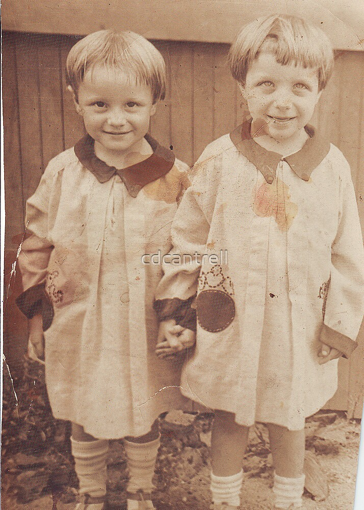 Dorris and Dorthy Reyst 1928 twins by cdcantrell