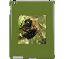 Bee Close Up iPad Case/Skin