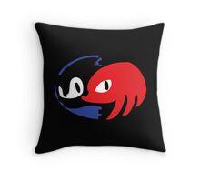 sonic 2 Throw Pillow