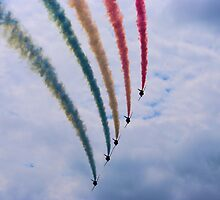 Red Arrows at BGP 2009 - 2 by James McInroy